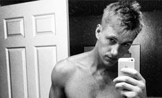 Алексей Воробьев похвастался сексуальным телом
