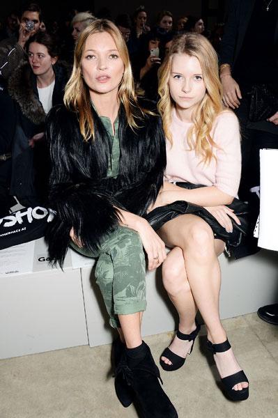 Кейт Мосс с сестрой Шарлоттой Мосс