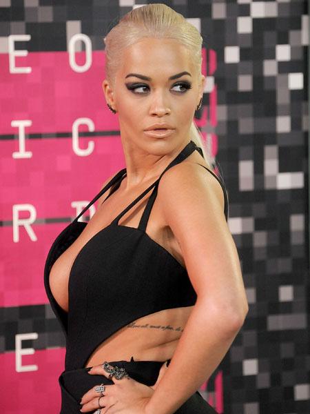 Идеальный выход: как повторить лучший бьюти-образ MTV VMA 2015