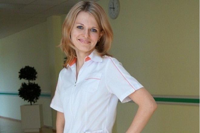 День медика: самые красивые девушки в белых халатах