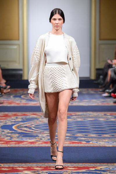 Показ осенне-зимней коллекции Ruban на Mercedes-Benz Fashion Week RussiaПоказ осенне-зимней коллекции Ruban на Mercedes-Benz Fashion Week Russia   галерея [2] фото [28]
