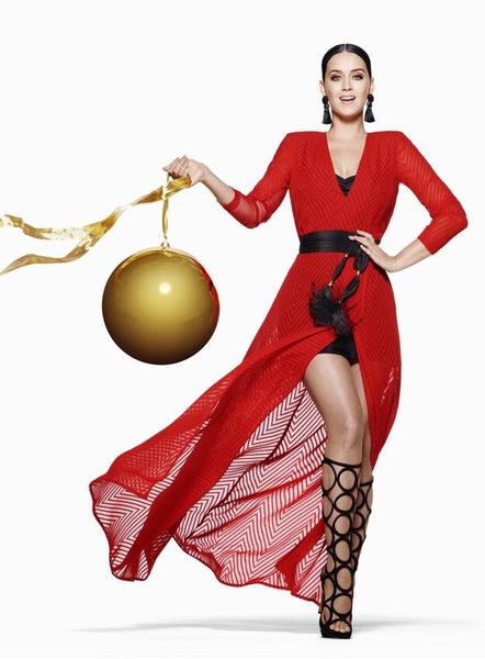 Кэти Перри в рекламной кампании рождественской коллекции H&M