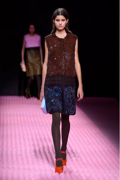Показ Mary Katrantzou на Неделе моды в Лондоне | галерея [1] фото [11]