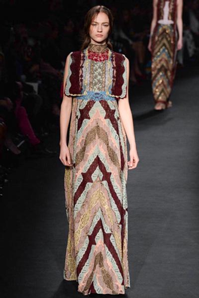 Неделя моды в Париже: показ Valentino ready-to-wear осень — зима 2015-2016 | галерея [1] фото [4]