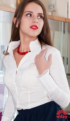 Белая офисная блузка в омске