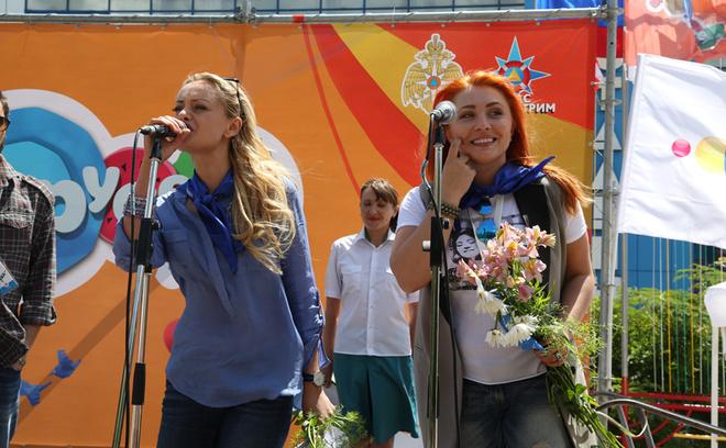 Звезды сыграли в футбол в Крыму