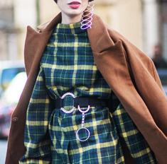 Идеальный гардероб: что носить женщинам с широкими бедрами
