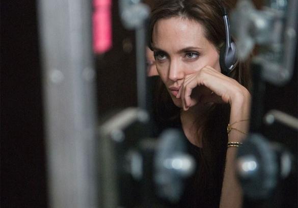 Анджелина на съемках фильма