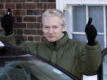 Джулиан Ассандж (Julian Assange) пишет мемуары