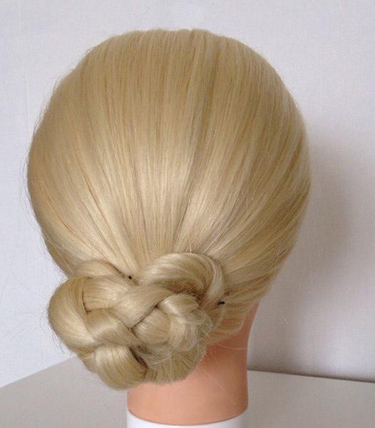 Пучок из косы