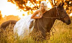 Девушки на коне: 11 очаровательных всадниц Белгорода