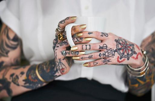 как можно вывести татуировку в домашних условиях