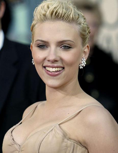 Тренд налицо: звездные блондинки с контрастными темными бровями | галерея [1] фото [4]