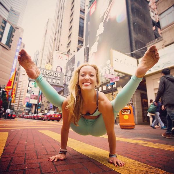ВСТАЛА В ПОЗУ: 7 мотивирующих йога-аккаунтов | галерея [1] фото [4]