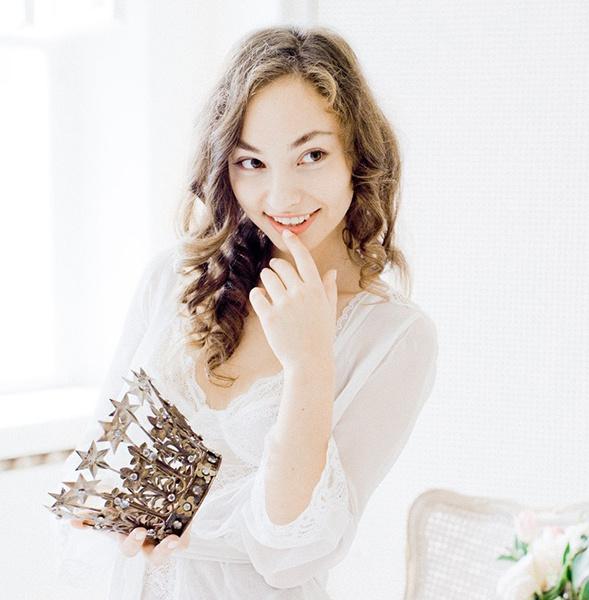 Александра Мишарина