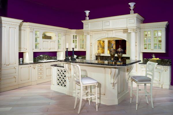 Кухня в стиле итальянского классицизма от Francesco Molon выпускается уже более 40 лет - и все это время продается на ура!