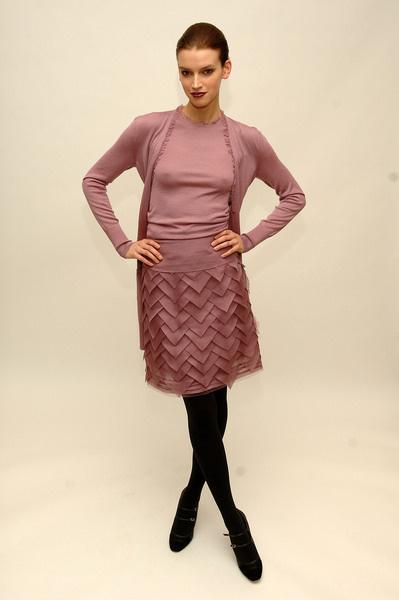 Кейт Хадсон Одела Пиджак На Лифчик – Война Невест (2009)