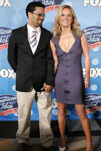 Джери и ее новый бойвренд на шоу American Idol вчера вечером