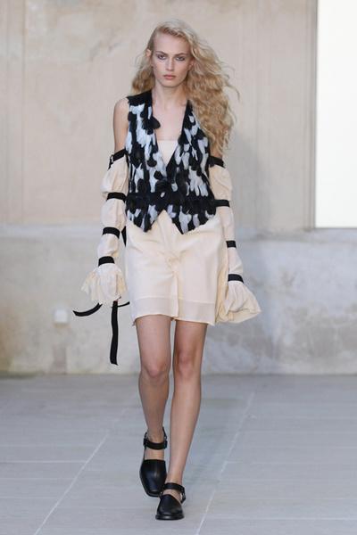 Неделя моды в Париже: день первый | галерея [1] фото [6]