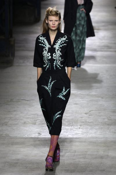 Неделя моды в Париже 2015: день второй | галерея [2] фото [7]