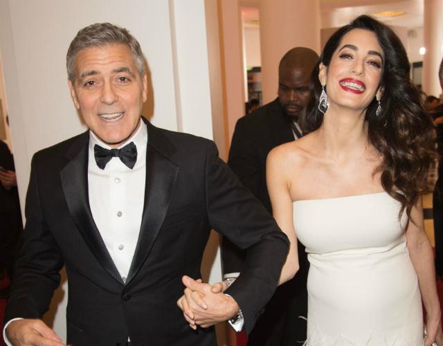 Синди Кроуфорд приготовила подарок для детей Клуни