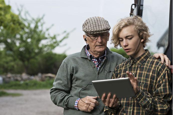 Бабушка и внук онлайн в хорошем качестве