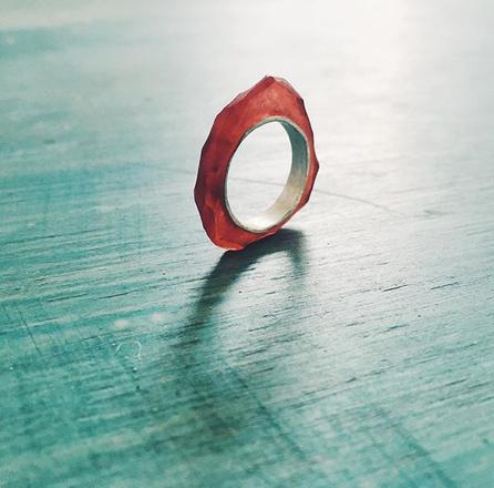 Кольцо из серебра и смолы, 3500 р.