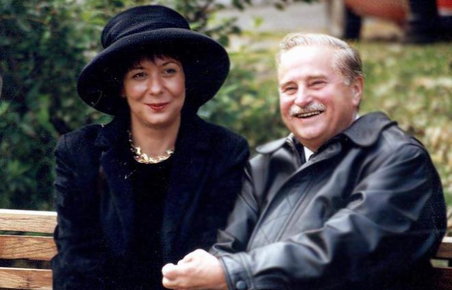 Милорад Павич со второй супругой Ясминой Михайлович. «Я очень люблю свою жену. Но литература в моей жизни всегда была и остается на первом месте», – сказал писатель как-то в интервью.