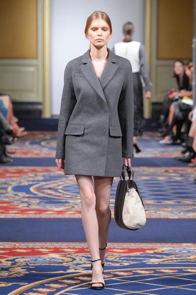 Показ осенне-зимней коллекции Ruban на Mercedes-Benz Fashion Week RussiaПоказ осенне-зимней коллекции Ruban на Mercedes-Benz Fashion Week Russia   галерея [2] фото [22]