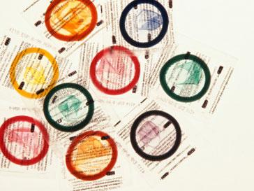 Полиции Токио предстоит выяснить, кому понадобилась крупная партия презервативов