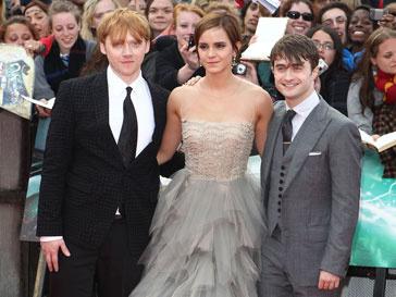 Дэниел Рэдклифф, Эмма Уотсон и Руперт Грин на премьере фильма в Лондоне
