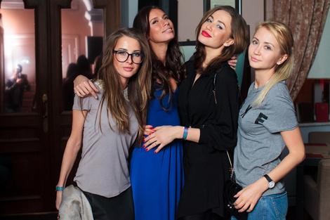 Журнал ELLE представил новый весенний коктейль в баре «Маяковский» фото 4