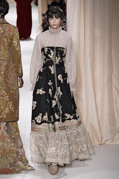 Показ Valentino Haute Couture | галерея [1] фото [12]