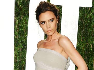 Виктория Бекхэм (Victoria Beckham) станет автором свадебного платья Дженнифер Энистон (Jennifer Aniston)