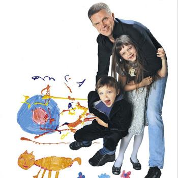Андрей Колесников с дочкой Машей и сыном Ваней