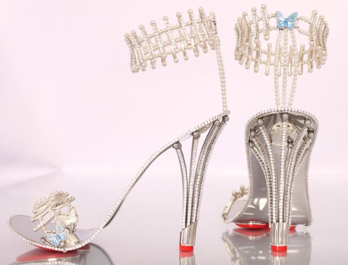 Бриллиантовые босоножки: фото