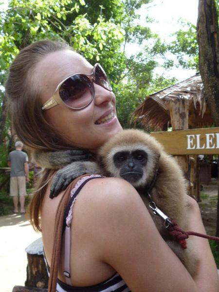 фото с обезьянкой