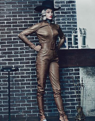 Линда Eвангелиста (Linda Evangelista) в фотосессии журнала W, сентябрь 2012