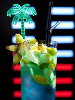 Коктейль «Голубые Гавайи»
