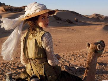 Кадр из фильма «Невероятные приключения Адель»