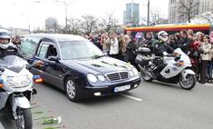 Поляки протестуют против захоронения Качиньского рядом с королями