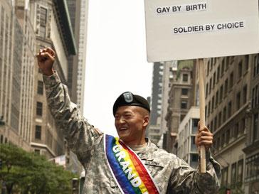 Секс-меньшинство получили право открыто служить в Вооруженных силах США