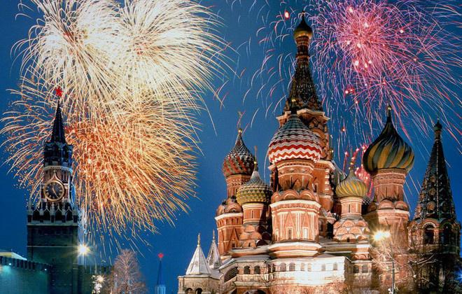 Салют на День города в Москве: где смотреть?