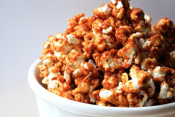 Карамельный попкорн: рецепт