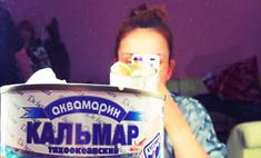 Анфиса Чехова питается консервами