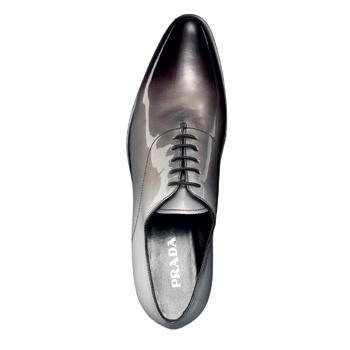 Ботинки, Prada, 21 000 руб.