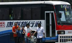 Уволенный полицейский захватил автобус с 25 туристами