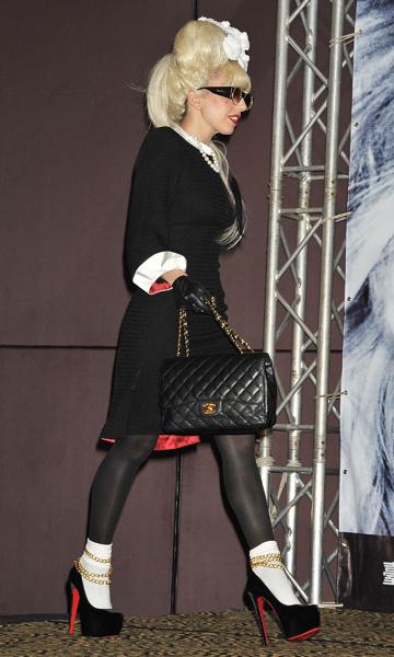 Леди Гага в Christian Louboutin