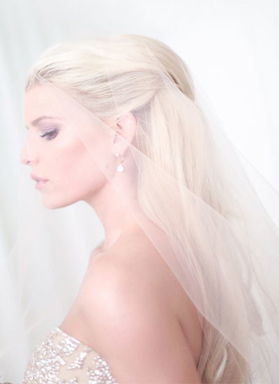 Джессика Симпсон выбрала свадебное платье Carolina Herrera