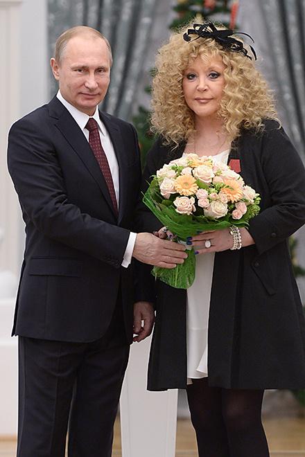 Владимир Путин и Алла Пугачева фото